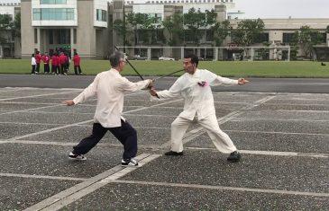 太極對劍(上手)李國光師伯(下手)黃國治老師